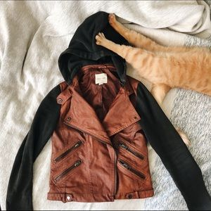 | URBAN OUTFITTERS LEATHER JACKET |